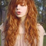 Стрижка лесенка на вьющиеся волосы