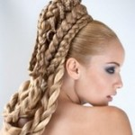 Свадебные прически с накладными косами