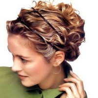 Прическа на средние волосы в греческом стиле