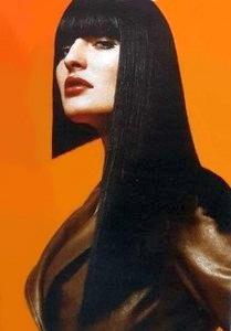 прическа на длинные волосы асимметрия
